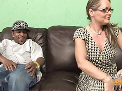 Pornó videó két lány szopni cum a száját. A pornó erett anyukak különböző kategóriái.